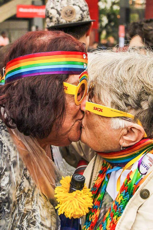 Wilma e Angela durante a Parada do Orgulho LGBT realizada em 2018 em São Paulo – crédito Robson Maurício.jpg