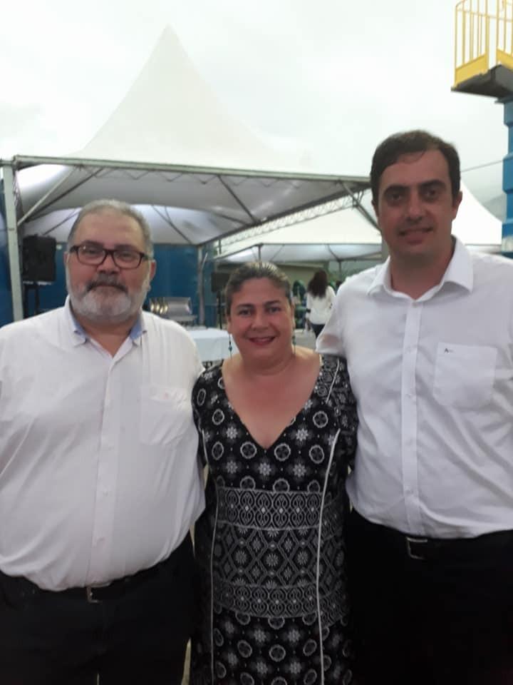 César Menezes, Jaqueline Pacheco e Eduardo Vergutz-min.jpg